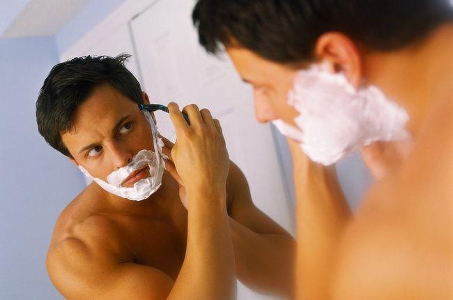 Роздратування на обличчі після гоління