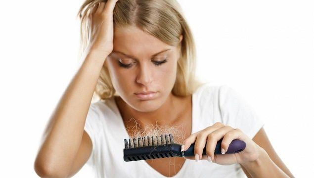 Як зміцнити волосся при інтенсивному випаданні