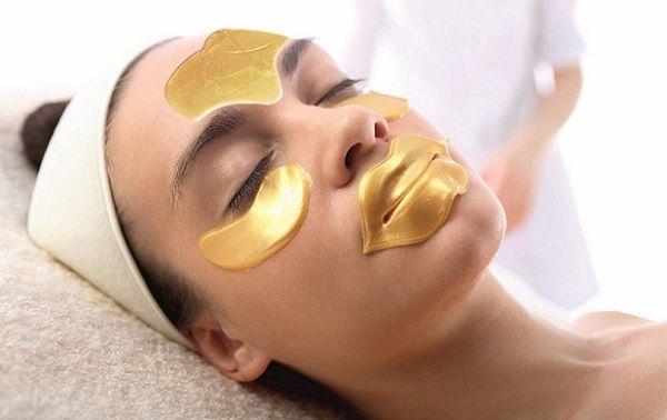 Колагенові маски незамінні для догляду за віковою і пошкодженою шкірою