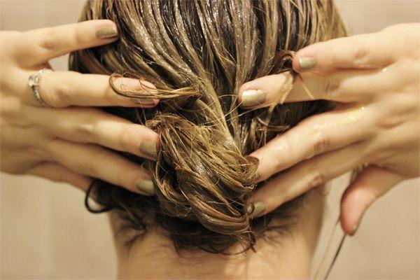 Активні інгредієнти в складі масок від посічених волосся