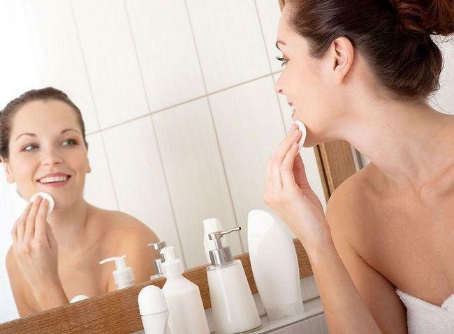 Похід до гінеколога: голити чи не голити?