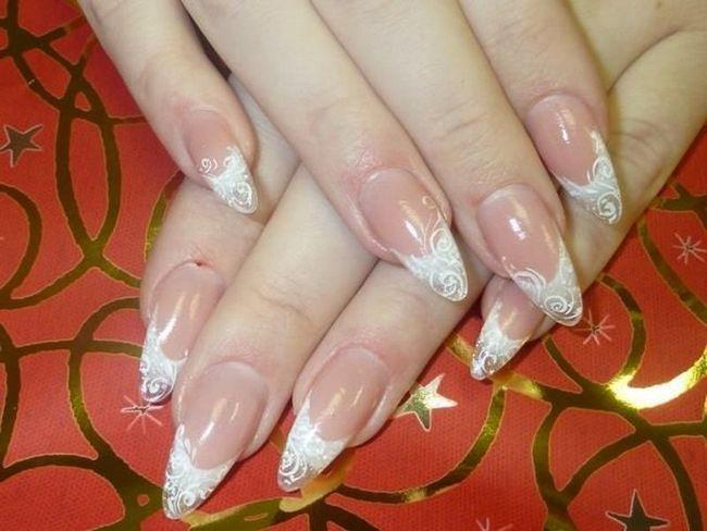 Якщо ви хочете мати гарні нігті зі стійким довготривалим покриттям - до ваших послуг всі види манікюру та педикюру, різноманітний дизайн нігтів,