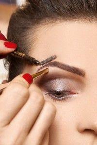 Способи корекції фарбування брів