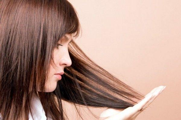 лупа в волоссі