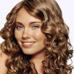 Укладання кучерявого волосся: мистецтво бути красивою